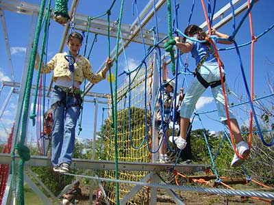 SEMI PORTABLE ROPES COURSE